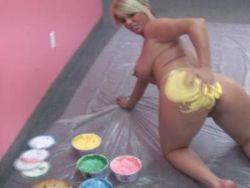 Blondine arsch nackt