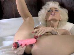 Dolly Buster Titten